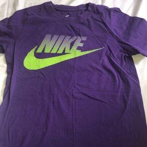 Nike purple T-shirt